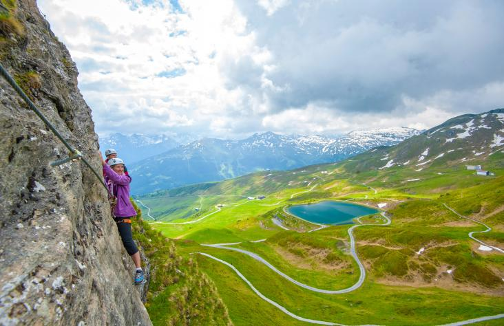 Klettersteig Set Leihen Berchtesgaden : Klettersteig ausrüstung leihen gastein moments
