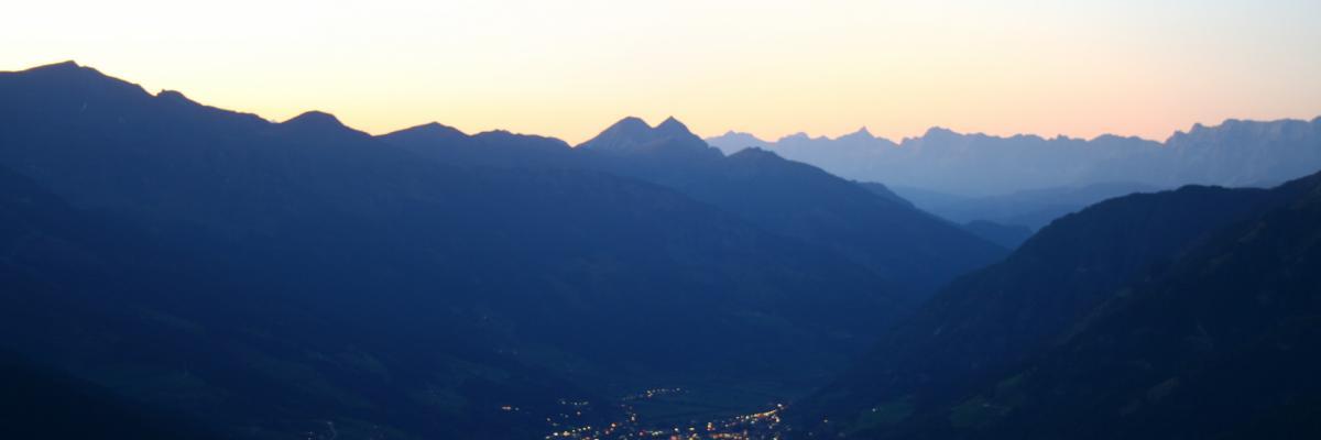 Nächtlicher Blick auf Bad Hofgastein