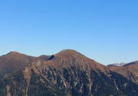 Blick auf den Gamskarkogel auf der gegenüberliegenden Talseite.