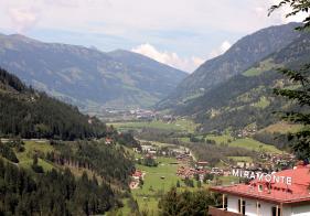 Blick vom Miramonte auf Gastein