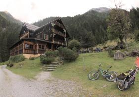 Am Ziel - beim Alpenhaus Prossau!