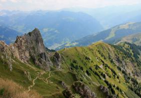 Blick vom Fulseck auf den Aufstiegsweg.