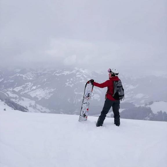 Life is good ❤❄ #snowboarding #winterfun #alps #dowhatyoulove #fulseck #dorfgastein #austria🇦🇹 #maybeonebeer
