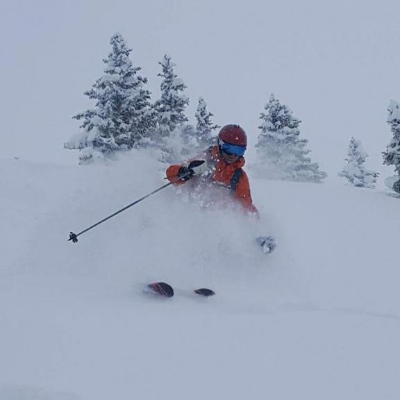 Magisk! Foto: @laksebogen #nlahøgskolen #nlaidrett #nlaidrett1718 #powder #skiing #deepsnow #forendag #badgastein #angertal
