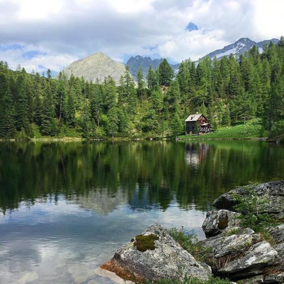 ❤️ my hometown! #mountains#mountainlake#lake#nature#gooutandexplore#hikingwithfriends#hiking#nosnowboardingformetoday#reedsee#badgastein#gasteinertal#salzburgerland#visitgastein#visitbadgastein