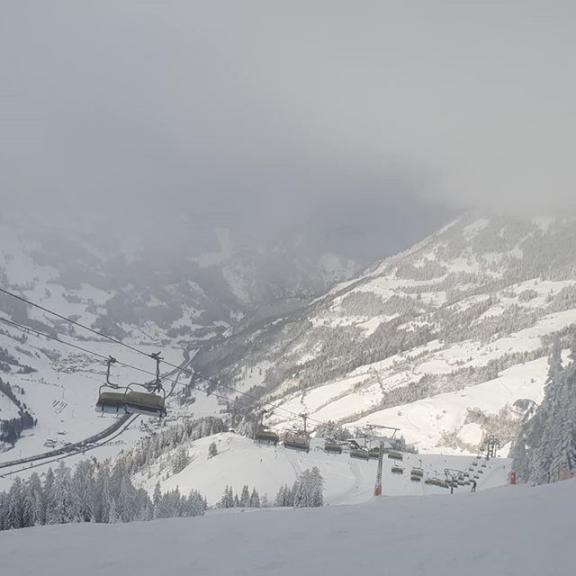 #dorfgastein #gasteinertal #gastein #fulseck #wengeralm #grabneralm #skifoarn #skiurlaub #ski #skifahren #skigaudi #skipiste #winterwunderland #winterurlaub #salzburgerland #austria #österreich