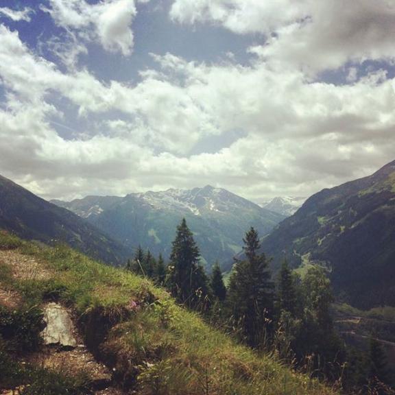 What a wonderful weekend #weekendtrip #hiking #gasteinertal #poserhöhe #grünerbaum #wanderchouchou #wanderlust #weekendgetaway #chouchou #sooosche #indiebergbinigern #vitaminberge