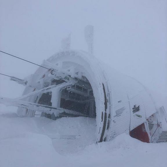 #grossarl #dorfgastein #fulseck #wobleibtdiesonne Auf dem Gipfel ist die Welt erstarrt...