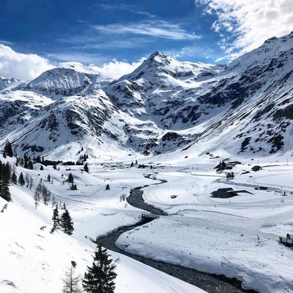 #badgastein #gasteinvalley #gasteinertal #travelphotography #mountains #alps #badgasteinisforlovers #visitbadgastein #skiamade #sportgastein