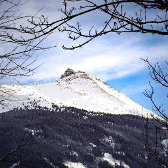 Blogpost: Link in Bio Perfect accom.: @appartements_monuth - #gasteinertal #visitgastein #gastein #badgastein #badhofgastein #graukogel #alps #alpen #skiing #dahoamisamscheensten #heimat #heimatliebe #berge #blauerhimmel #nosnownoshow #photooftheday #moodygrams #igersaustria #igersbavaria #igersgermany #salzburg #accomodation #holidays #ferienwohnung