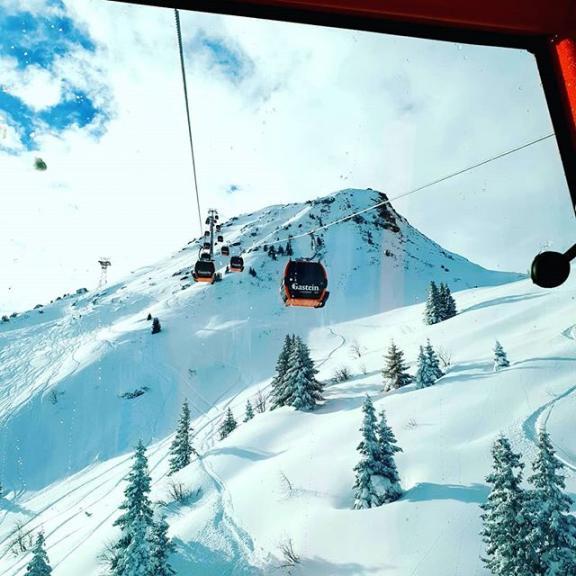 #winterwonderland #schlossalm #ichbinraus #skiamade #rideskiamade #salzburgerland #skiing #austria #cortedelvino #genussschifahren