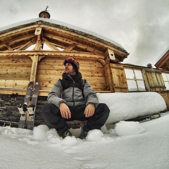 First Splitboard Tour of the season @arborcollective @arborsnowboards @fluxbindings @686 @vonzipper @vonzipperelninos @vonzippereurope @mantisunited #arbor #arborcollective #arborsnowboards #arboreurope #fluxbindings #686 #686hookit #hookit #vonzipper #vonzippereurope #supportwildlife #mantisunited #splitboard #snow #snowboarding #stubnerkogel #visitgastein #gastein #badhofgastein #salzburg #salzburgerland #austria