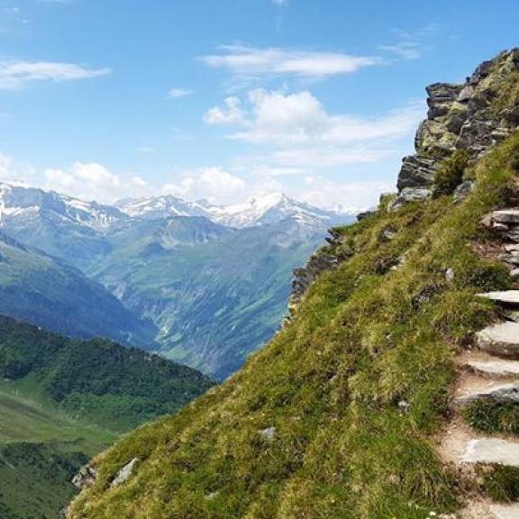 Stairways to Gastein. #fromgasteinwithlove #graukogel #badgastein #hohetauern_nationalpark #wanderlust #fernweh