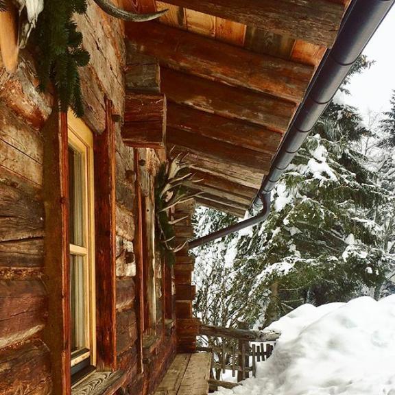 #winter #winterwonderland #winterlovers #lieblingsplatz #gasteinertal #angertal #hirschenhütte #snowlovers #visitgastein #austria #naturephotography #naturelovers #salzburgerland @visitgastein @ski.gastein @salzburgerland
