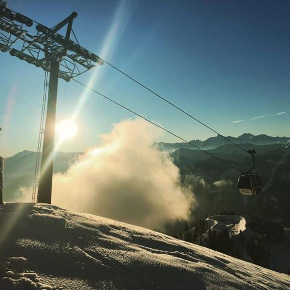 #fulseck #dorfgastein #skiamade #maxxxworld #alps #clouds #igerssalzburg #igersaustria #ski #skifahren #sunset #gastein #gasteinertal #snow #winter #winterwonderland