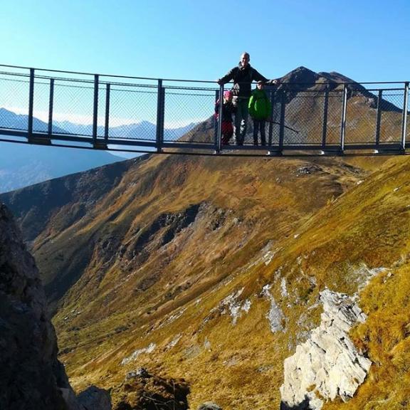 Our short break is coming to an end 🙁 #gastein #gasteinertal #badhofgastein #stubnerkogel #österreich #austria #hängebrücke #sunnyoctober #wandern #hiking
