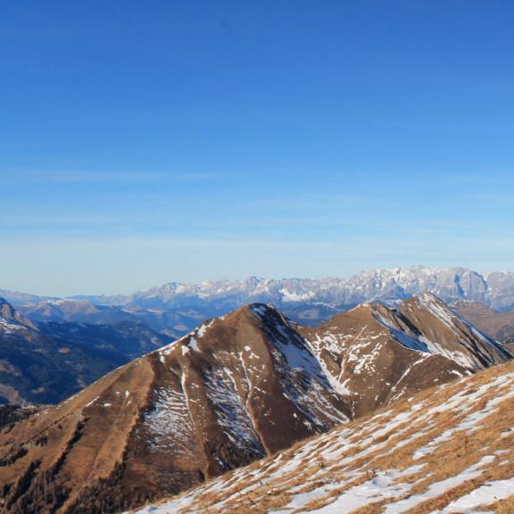Am Gipfel vom Gamskarkogel auf 2467m.